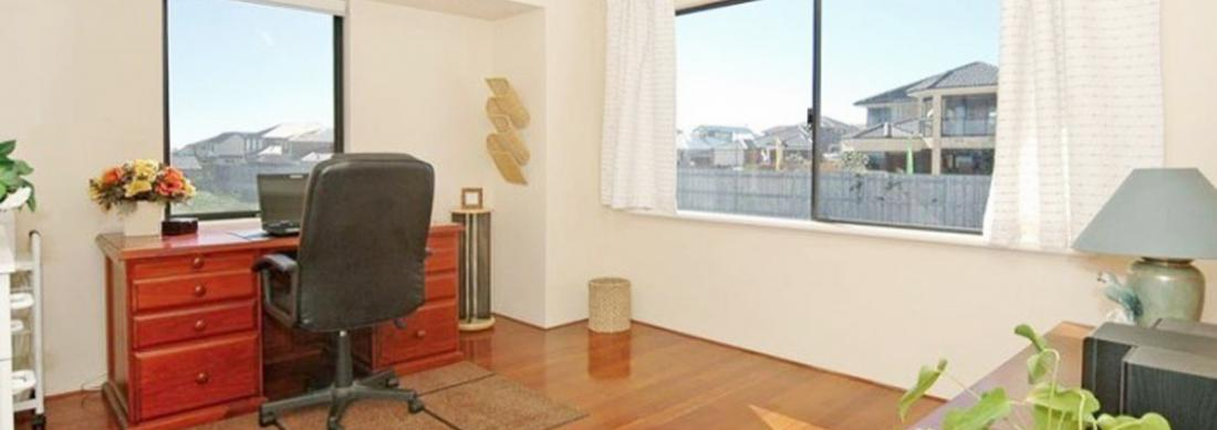 Simply_Heaven_Holiday_Accommodation_Perth_Bluewaters_Study_web